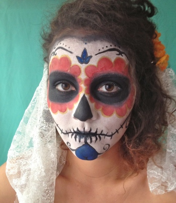 DIY dia de los muertos - day of the dead face paint tutorial -- By Hand London